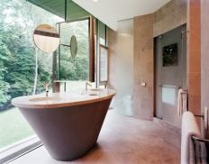 Master Bath. Photo by Albert Vecerka | ESTO.