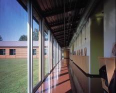 Corridor to Science Classrooms. Photo by Albert Vecerka   ESTO.